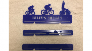 Cycling 1 tier with extra rails medal hanger